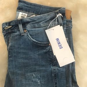 Super Skinny Low Waist Jeans from H&M